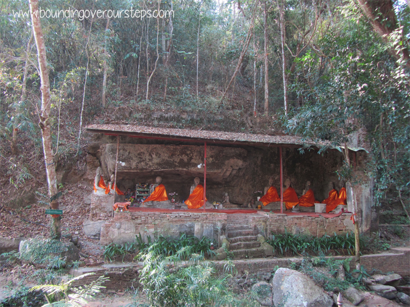 Hiking Up to Wat Phra Doi Suthep - Things to Do in Chiang Mai